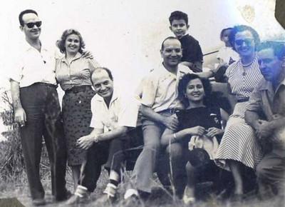 Familias Dundo 40s e 50s
