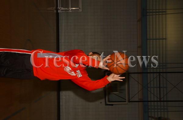 01-03-15 NEWS Shooting Baskets