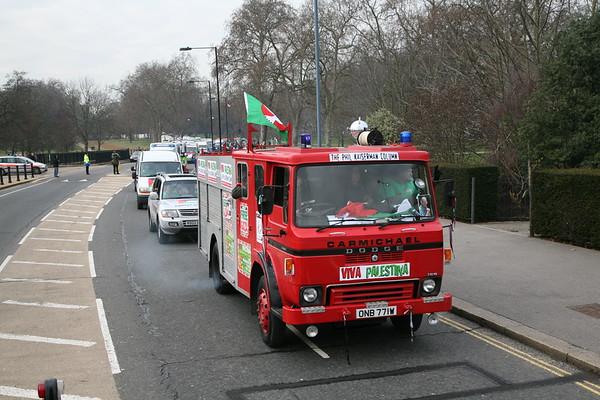 Viva Palestina Convoy leaves London