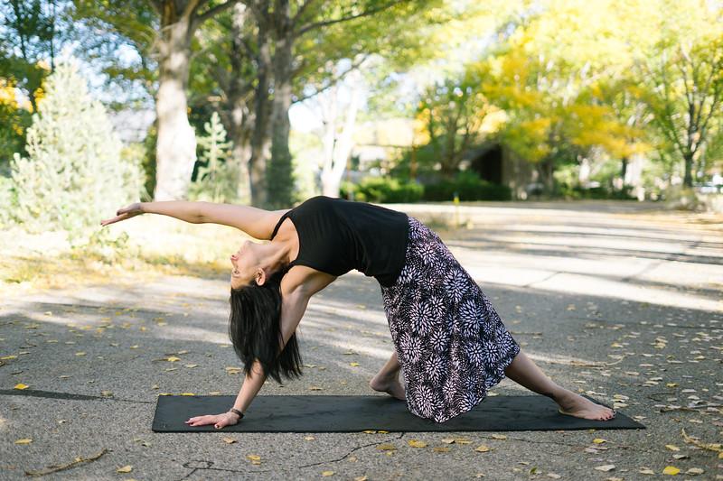 Toni Kuhn Yoga Photography Pine Mountain Club-80.jpg