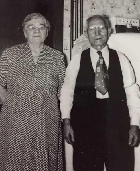 Frank and Wladaslava Schultz