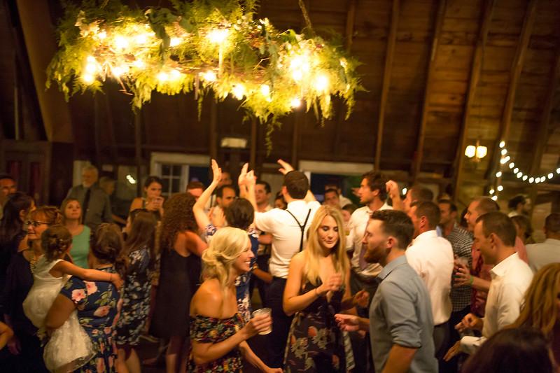 Garrett & Lisa Wedding (845).jpg