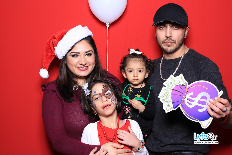 eastern-2018-holiday-party-sterling-virginia-photo-booth-0185.jpg