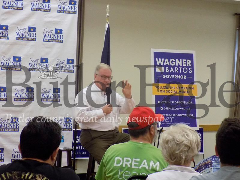 Scott Wagner at Zelienople meeting.