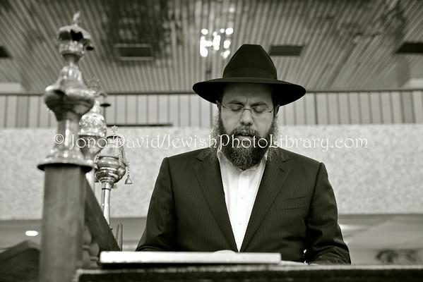 AFRICA, Congo, Democratic Republic of, Kinshasa. Evening service at Beit Yaacov Synagogue (3.2014)