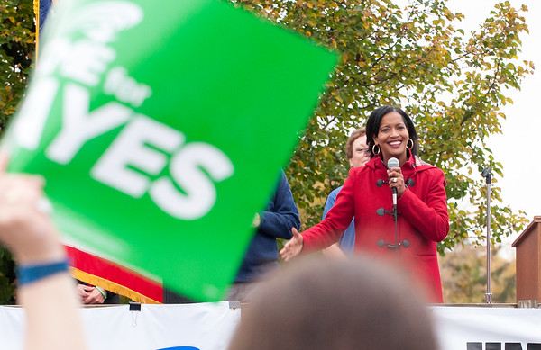 11/02/18 Wesley Bunnell | Staff The American Federation of Teachers held a get out the vote rally on Friday afternoon outside of a union headquarters in New Britain featuring hundreds of educators and workers from across CT. Candidate for the 5th District Jahana Hayes (D) addresses the crowd.