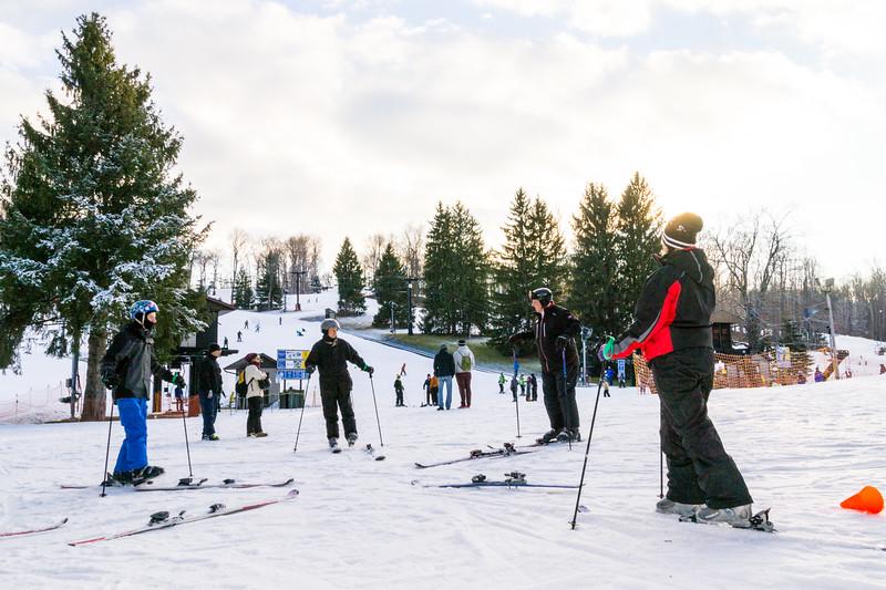 Beginners-Area_Snow-Trails-7724.jpg