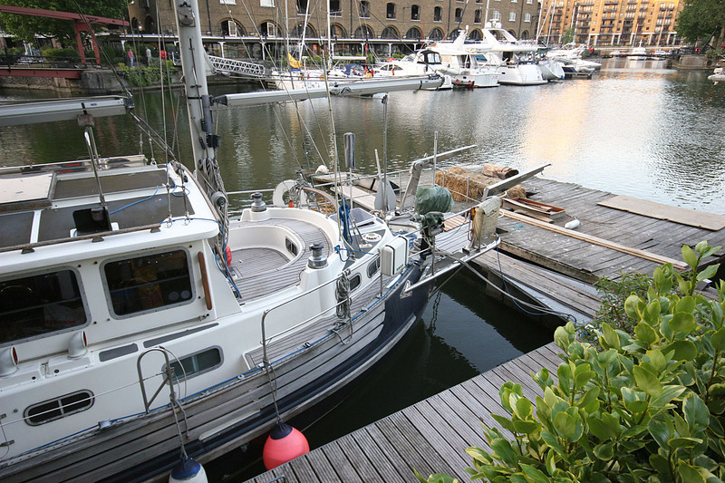 4410_London_St_Katharine_Docks.jpg