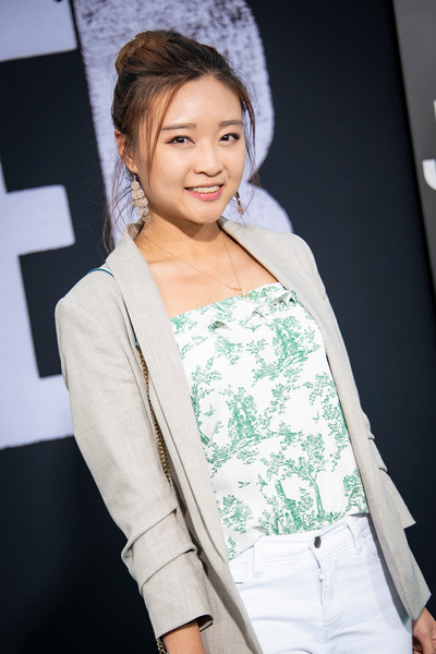 """HOLLYWOOD, CALIFORNIA - SEPTEMBER 28: Catherine Ding attends the premiere of Warner Bros Pictures """"Joker"""" on Saturday, September 28, 2019 in Hollywood, California. (Photo by Tom Sorensen/Moovieboy Pictures)"""
