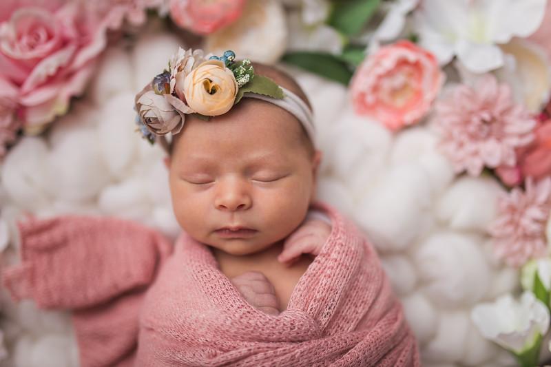 Kaylyn Newborn-93.jpg