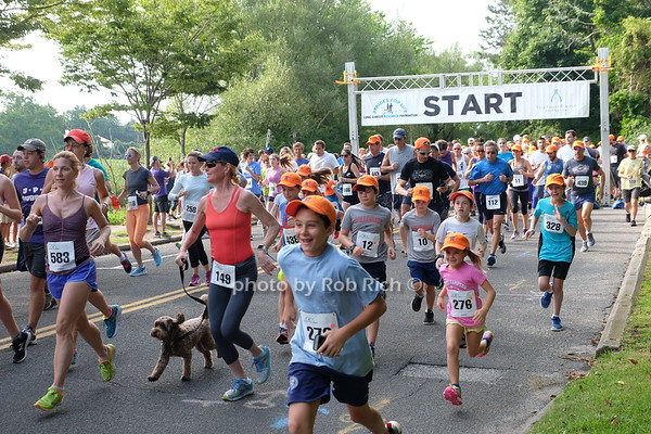 Strides for Life Lung Cancer Research Foundation Run/Walk in Southampton on 8-13-17. all photos by Rob Rich/SocietyAllure.com ©2017 robrich101@gmail.com 516-676-3939