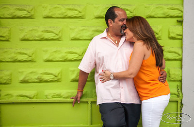Lisette & Efrain Engagement Photos