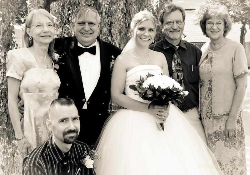 Tom & Brandy Wedding (B&W) (34 of 71).jpg