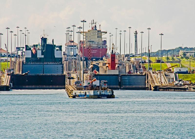 Panama Canal-7.jpg