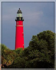 Florida - Ponce de Leon Inlet Lighthouse & Surfers