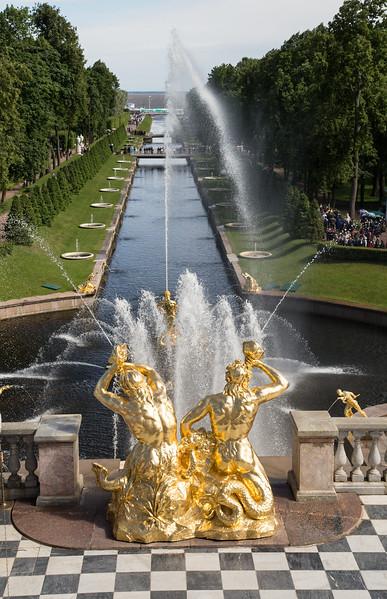 22_441_St.Petersburg-Peterhof.jpeg