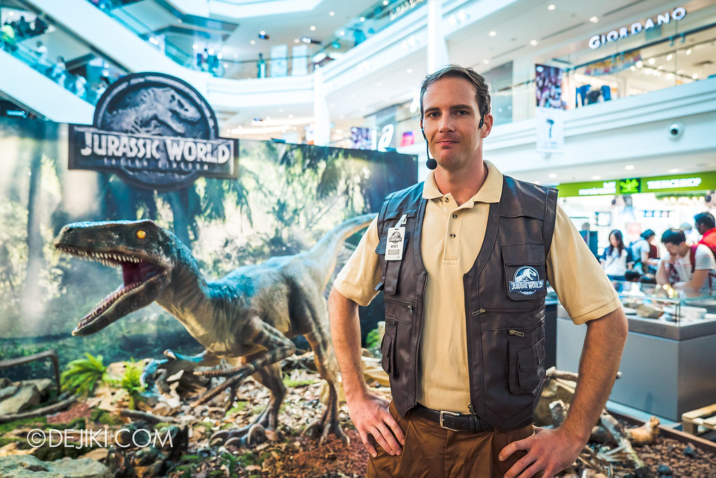 Universal Studios Singapore Park Update - Jurassic World Explore and Roar roadshow at Plaza Singapura featuring dinosaur raptor trainer Wyatt