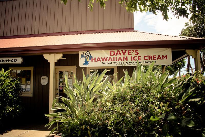 molokai centre daves hawaiian ice cream.jpg