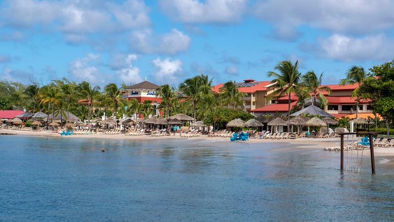 Saint-Lucia-Sandals-Grande-St-Lucian-Resort-Beach-04.jpg