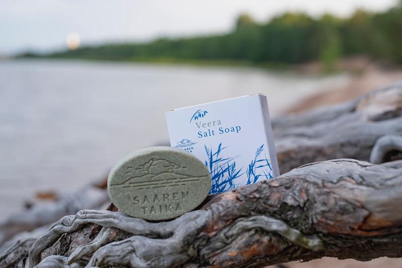 Saaren Taika teepuusaippua tea tree soap Veera suolasaippua salt soap (3 of 33).jpg