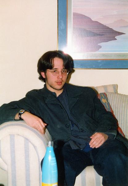 2002-064.jpg