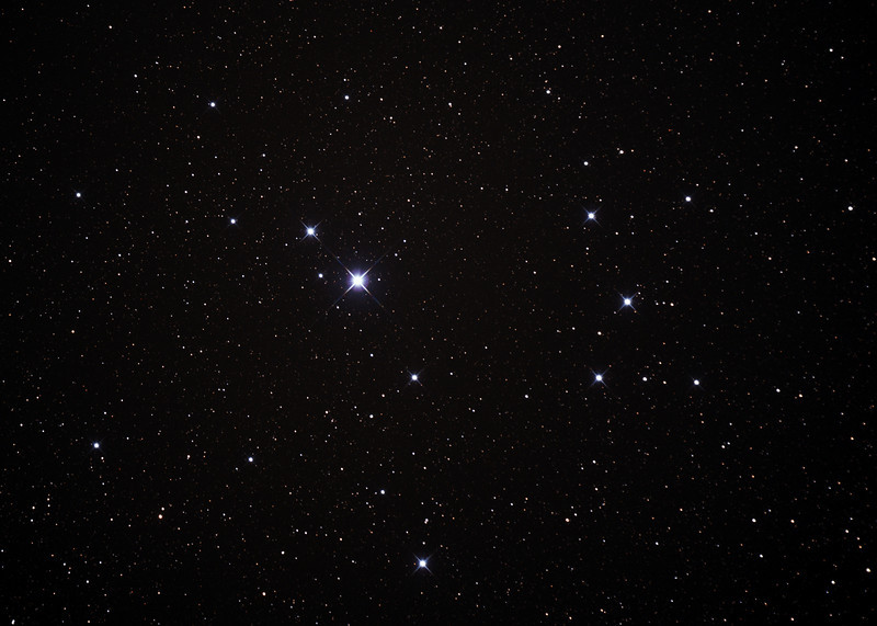 Caldwell 102 - Southern Pleiades or Theta Carina Cluster - 23/2/2014 (Processed cropped stack)