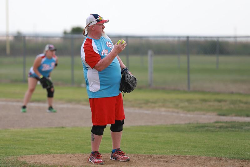 Softball Redd_6832.JPG