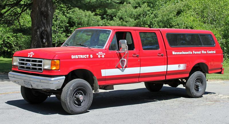 5-8  Bradley Palmer State Park  1 1990 Ford F-350