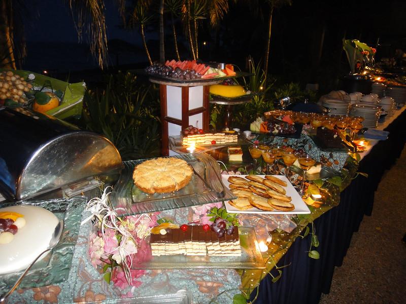 Buffet dinner at Tsanjong Jara Resort (2).JPG