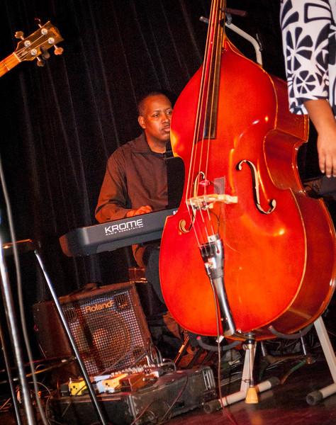 Jazz Live 11-20-1686.jpg