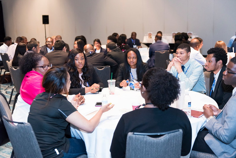 Student Networking Lunch- Discover Deloitte - 018.jpg