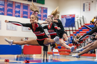 2019-10-17 Heritage Cheer at Dulles District Finals