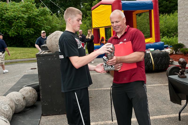 Fitness Revolution Strongman Challenge 2011_ERF4607.jpg