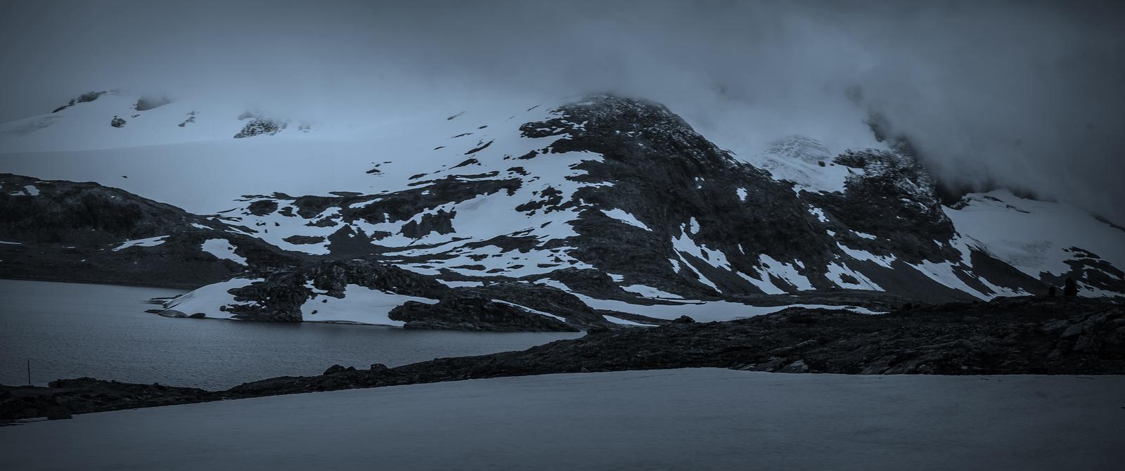 挪威屋脊(Sognefjellet),迎面的冰川