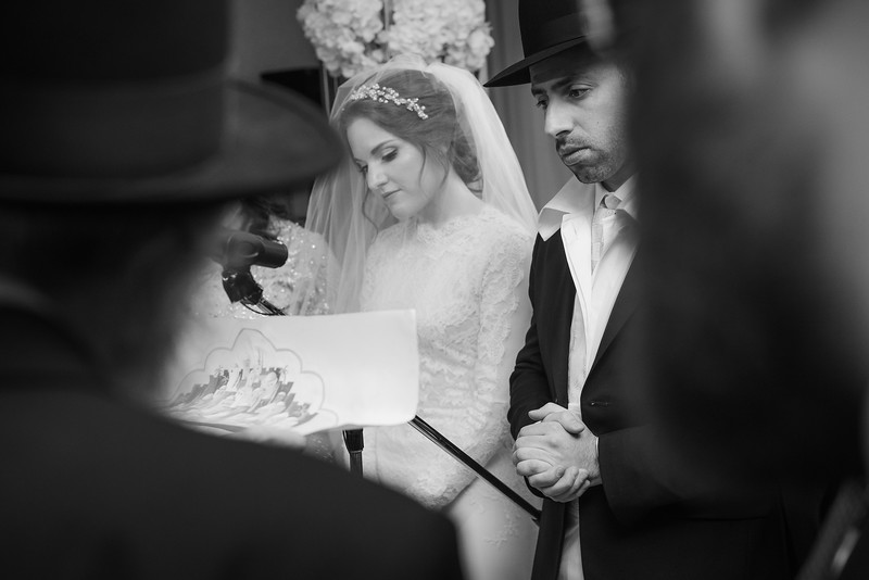 Miri_Chayim_Wedding_BW-580.jpg