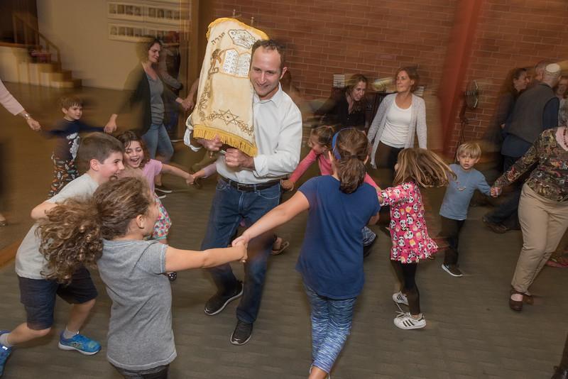 Simchat Torah4544.jpg