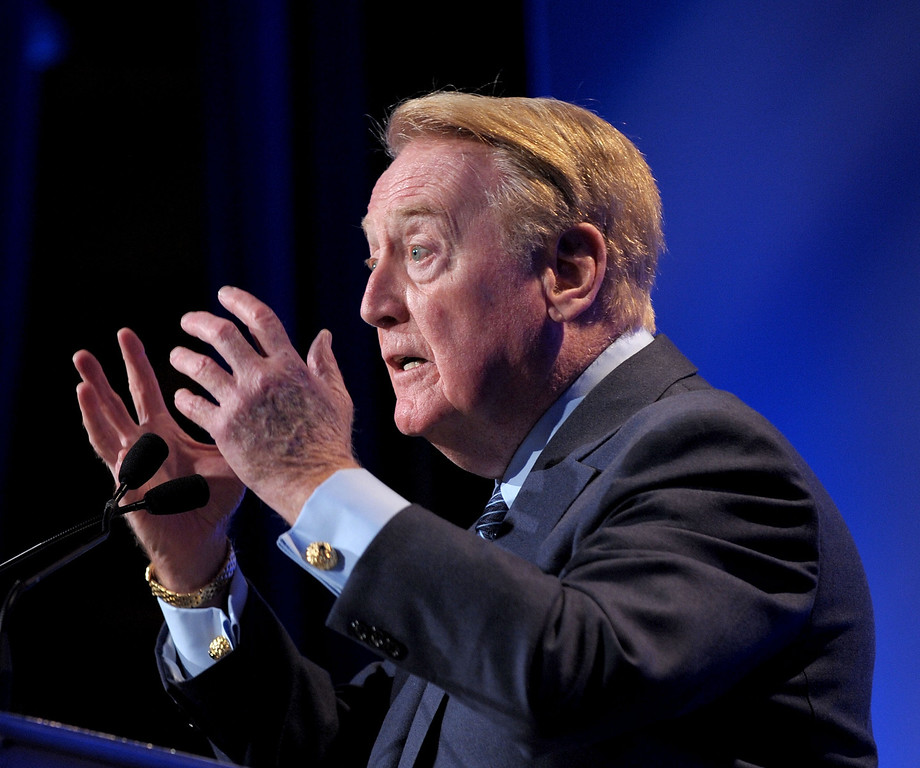 . Voice of the Los Angeles Dodgers Vin Scully speaks at the Hollywood Radio & Television Society Newsmaker Lunheon at the Beverly Wilshire Hotel  on November 10, 2009 in Beverly Hills, California.  (Photo by Michael Buckner/Getty Images)