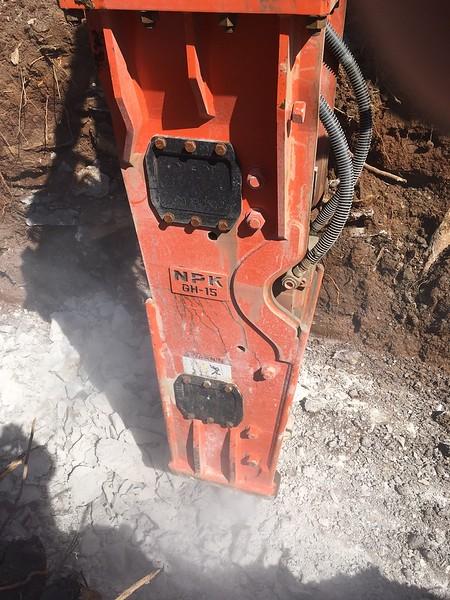 NPK GH15 hydraulic hammer on Deere 350D excavator - trenching - Lykins Contracting 2017 (3).JPG