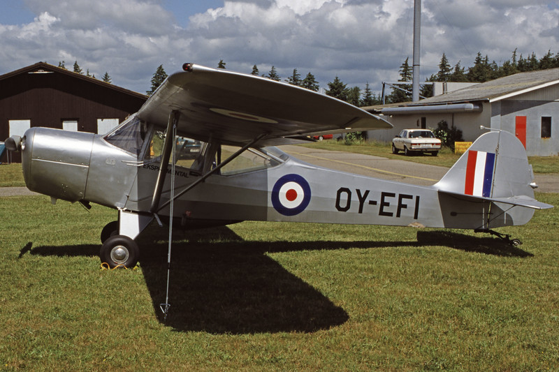 OY-EFI-Auster5M-Private-EKVJ-1998-06-13-FA-25-KBVPCollection.jpg