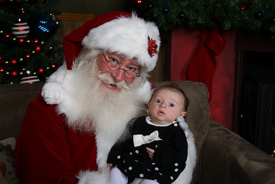 Santa Photos Sat 2pm to 3:00pm