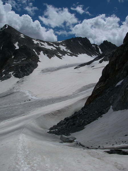 ... and facing Bonney Pass again - 12,831ft or 3.911m.
