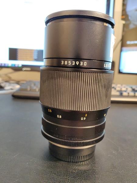 Leica R 100mm 2.8 APO-Macro-Elmarit-R ROM - Serial 3853930 003.jpg