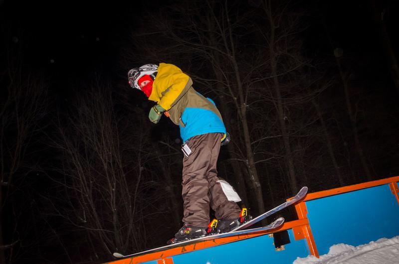 Nighttime-Rail-Jam_Snow-Trails-69.jpg
