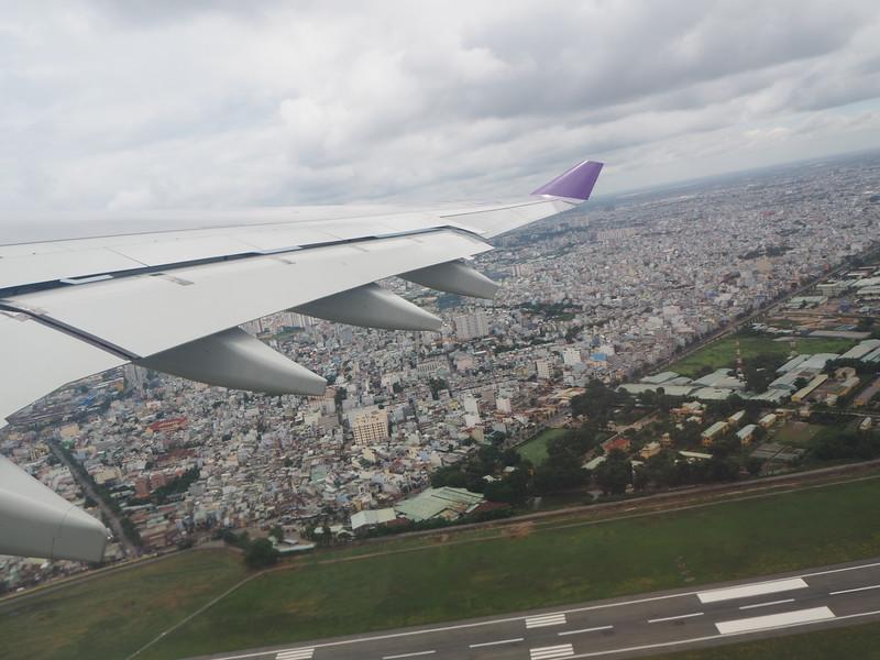 P7170070-thai-take-off.JPG