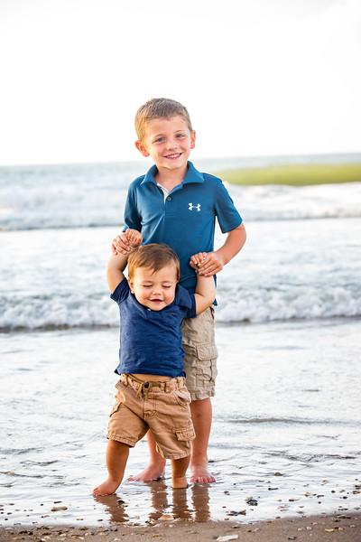 Family beach photos-143.jpg