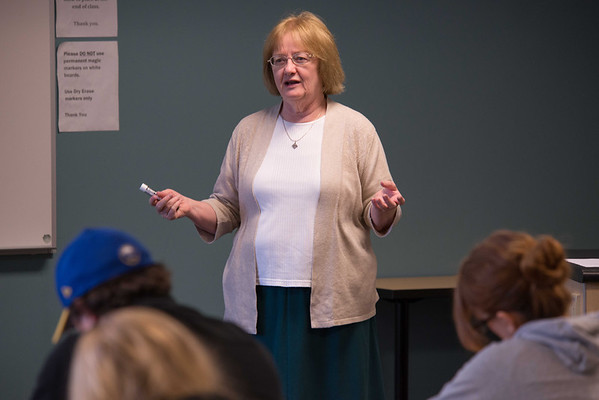 10/9/13 Professor Donna Hayes' Dietetics and Nutrition Class