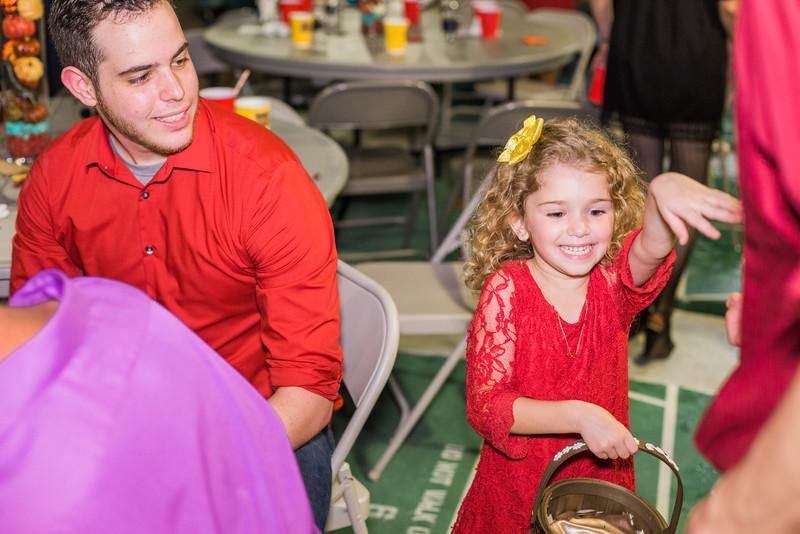 ELP1015 Tara &Phill St Pete Shuffleboard Club wedding reception 545.jpg