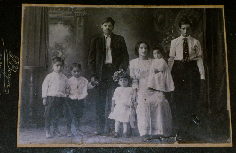 1900s-young-reyes-family.png
