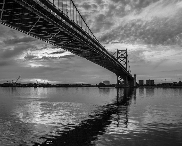 bw bridge shadow-6854.jpg