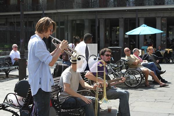 MUSICIANS HUSTLING JACKSON SQUARE